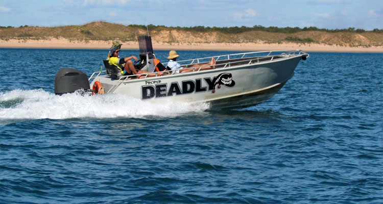 deadly-fishing-humbug-darwi