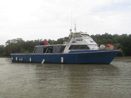 Pick up at the Darwin Airport and straight onto a liveaboard charter